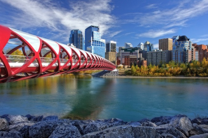 peace-bridge-skyline-calgary-xl