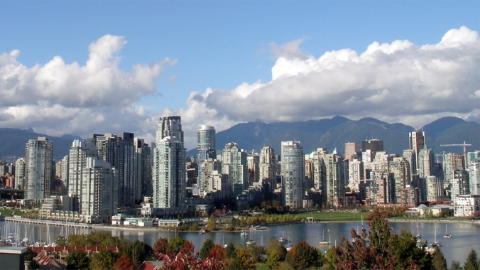 Vancouver-Skyline-1366x768-Wallpaper